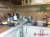 встроенная угловая кухня ( индивидуальный проект) входит в продажную стоимость квартиру