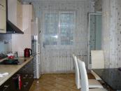 Кухня, вид из холла.